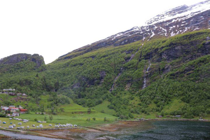 Food Exploring :: Sky to Fjord inGeiranger