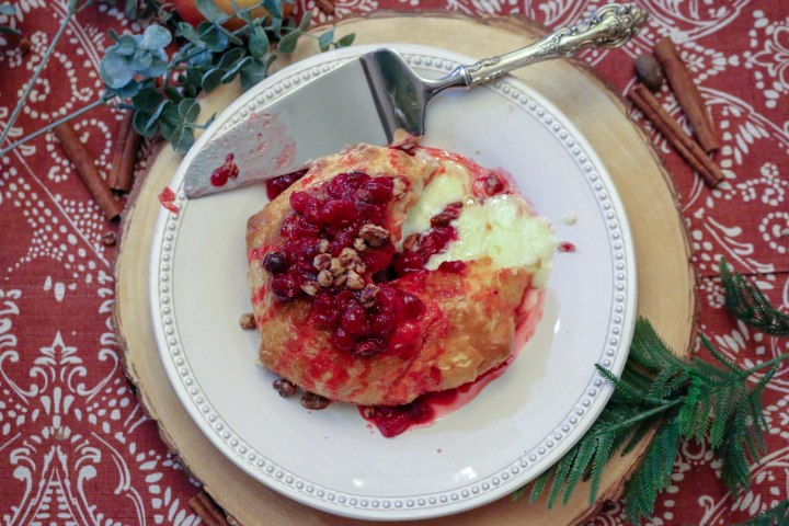 Baked Brie with CranberryChutney